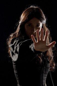 Joana (Bárbara Goenaga) leidet an einer unerforschten Störung der visuellen Wahrnehmung.
