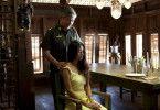 Malunai (Mamée Nakprasitte), Largos Geliebte und Mutter seines Kindes, befindet sich in den Händen des skrupellosen Generals Kyaw Min (Nirut Sirichanya).