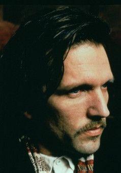 Gilbert Osmond (John Malkovich)