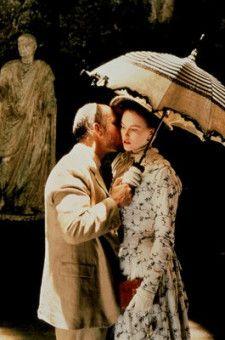 Nach ihrer Hochzeit ziehen Gilbert Osmond (John Malkovich) und Isabel (Nicole Kidman) nach Rom, doch schon bald fühlt sich Isabel nicht mehr richtig geliebt.
