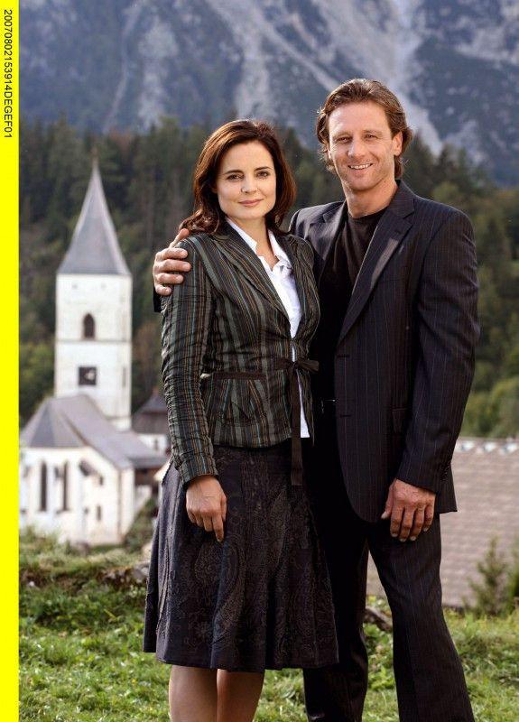 Traumpaar: die traditionsbewusste Beatrice (Elisabeth Lanz) und der Städter Thomas (Hendrik Duryn).