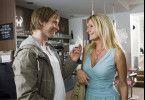"""Eine schicksalhafte Begegnung: Valerie (Sophie Schütt) und Jan (Julian Weigend) lernen sich durch einen kleinen """"Zusammenstoß"""" in einem Café kennen."""