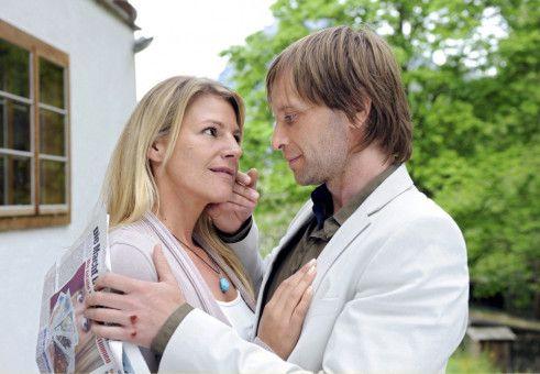 Endlich bemerkt auch Valerie (Sophie Schütt), dass Jan (Julian Weigend) genau der richtige Mann für sie ist.