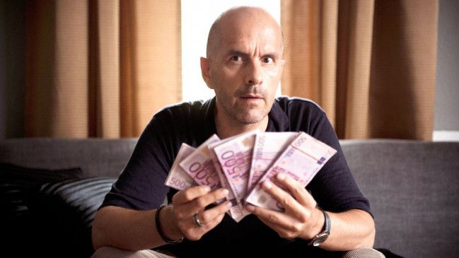 Bewährungshelfer Benno (Christoph Maria Herbst) findet in Hotte (Peter Kurth) eine echte Herausforderung.