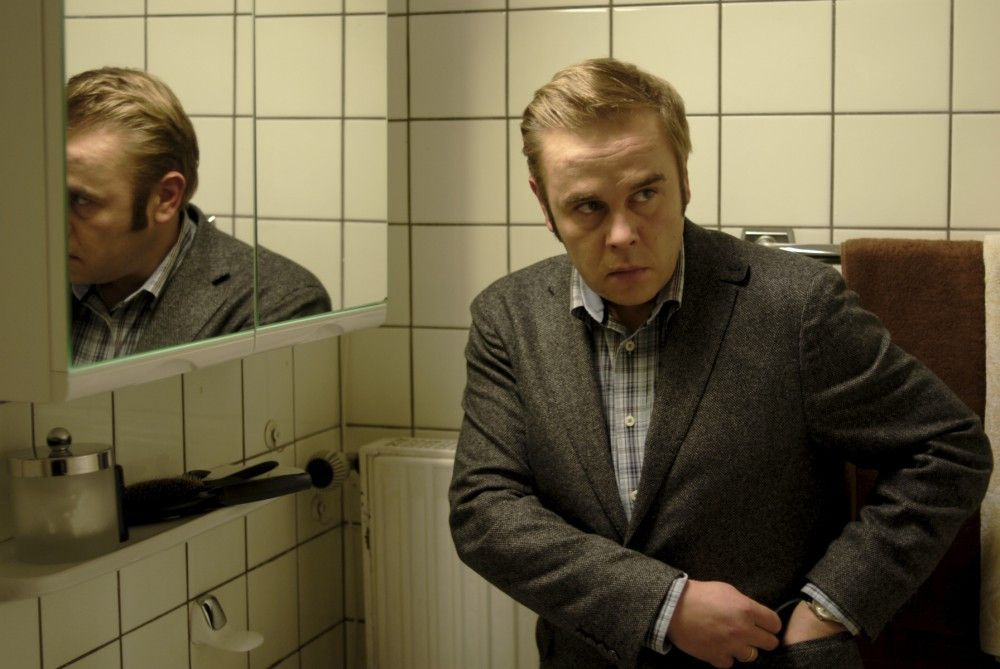 Kommissar Klaus Wendt (Frank Giering) ermittelt in den eigenen Reihen gegen seinen Kollegen. Dabei gerät er selbst unter Mordverdacht. Hat er vor 15 Jahren einen kleinen Jungen missbraucht und ermordet?