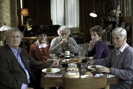 Die Alten-WG (v.l.): Claude (Claude Rich), Annie (Geraldine Chaplin), Albert (Pierre Richard), Jeanne (Jane Fonda) und Jean (Guy Bedos).