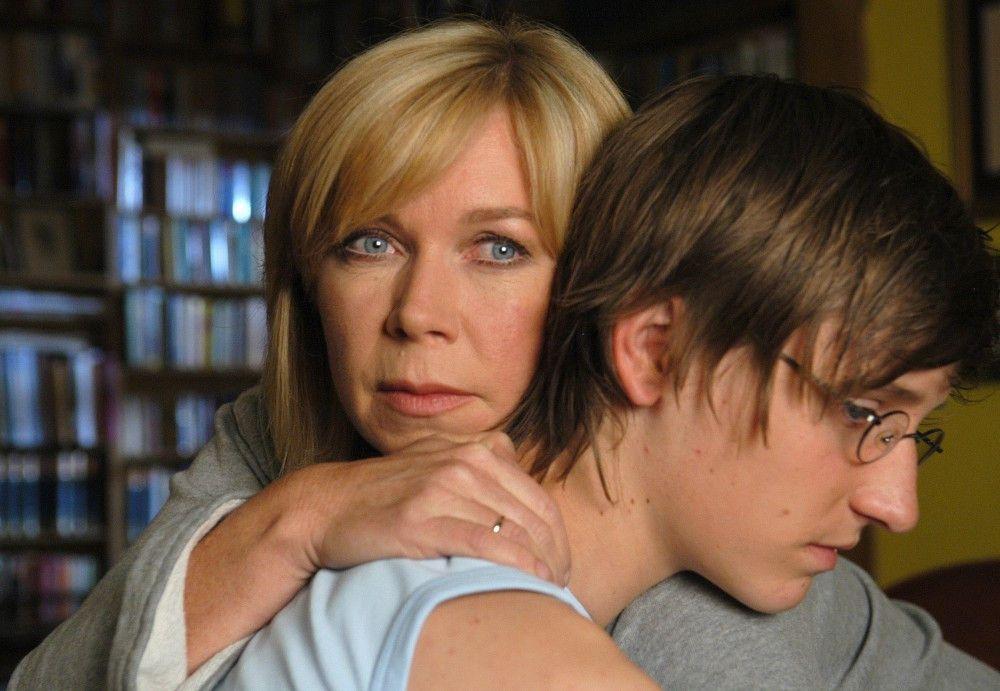 Tina (Marion Kracht) hat viel Verständnis für Nico (Janos Körtge).