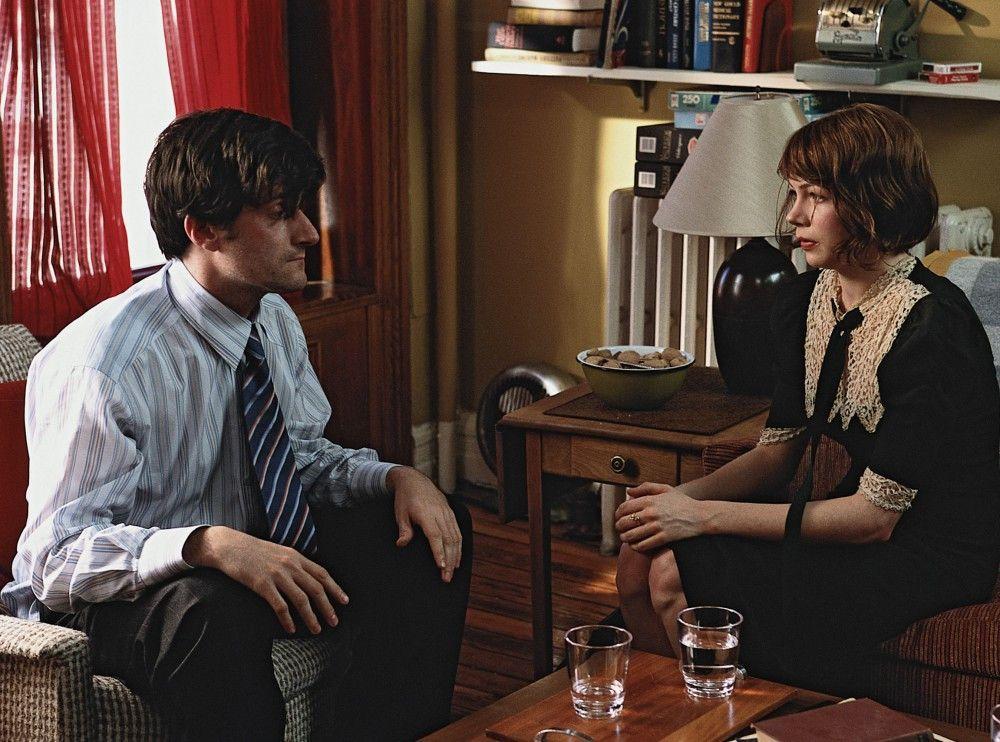 Der liebeskranke Elliot (Michael Showalter) erkennt nicht, dass seine hübsche Kollegin Cecil (Michelle Williams) die Richtige für ihn ist.