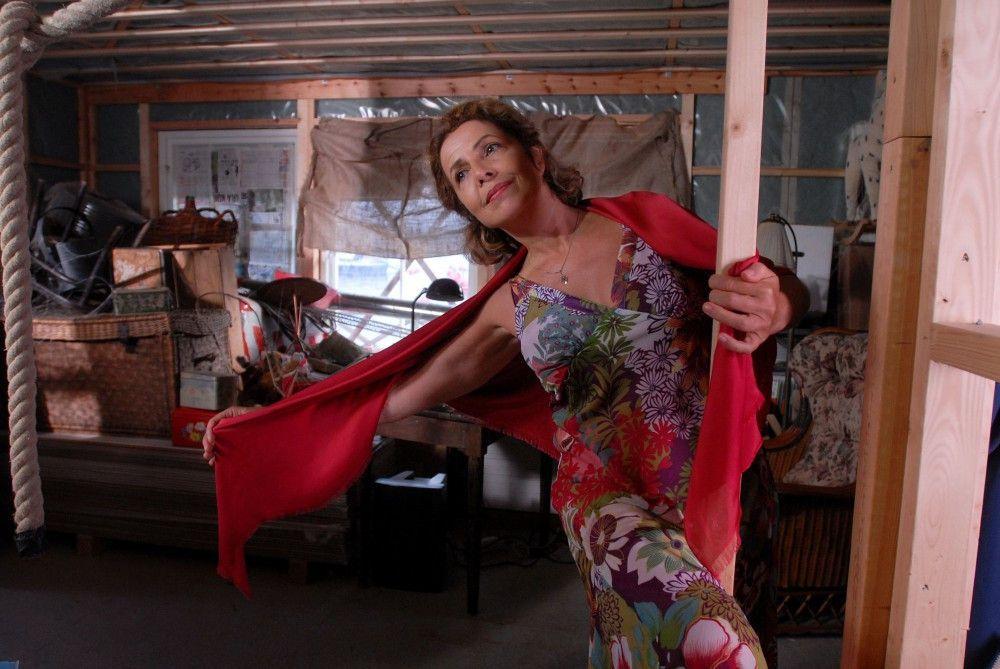 Elsa (Michaela May) tanzt leidenschaftlich gerne Tango.