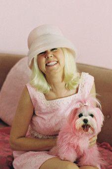 Doris Day in Pink: Kitten Kay Sera als Gesamtkunstwerk