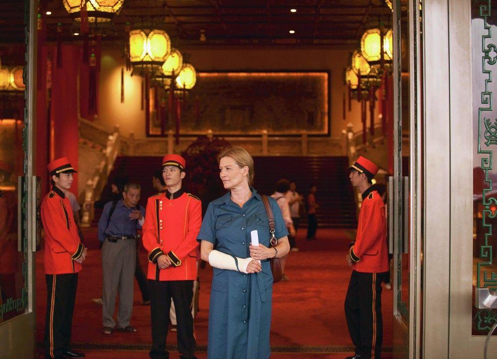 In China angekommen: Suzanne von Borsody als Brigitta Roslin