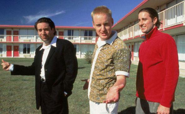 Einfaltspinsel Dignan (Owen C. Wilson, M., mit seinen Brüdern Luke, r., und Andrew) plant den großen Coup