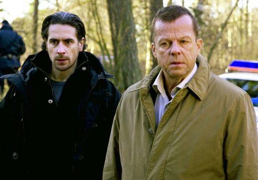 Wir müssen die Mörder finden! Krister Henriksson und Ola Papace (l.)