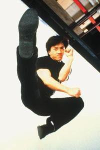 Gleich wirst du spüren, dass ich  Schuhgröße 43 habe! Jackie Chan