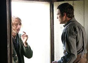 Wer klopft denn da an meine Tür? Joaquin Phoenix (r.) und Adrien Brody