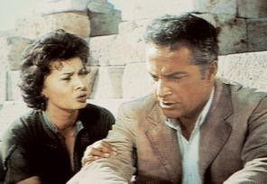 Ganz schön öde in der Wüste, was! Sophia Loren und Rossano Brazzi