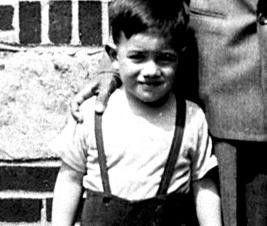 Eine frühe Aufnahme des späteren Meisterregisseurs: Martin Scorsese als Kleinkind