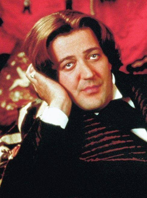 Stephen Fry in seiner Paraderolle als Oscar Wilde
