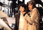 """Und bist du nicht willig, so brauch ich Gewalt -  Mary Steenburgen mit """"Jack the Ripper"""" David Warner"""