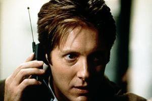Hallo, spricht da der Serienmörder? James Spader  ist nicht auf Draht
