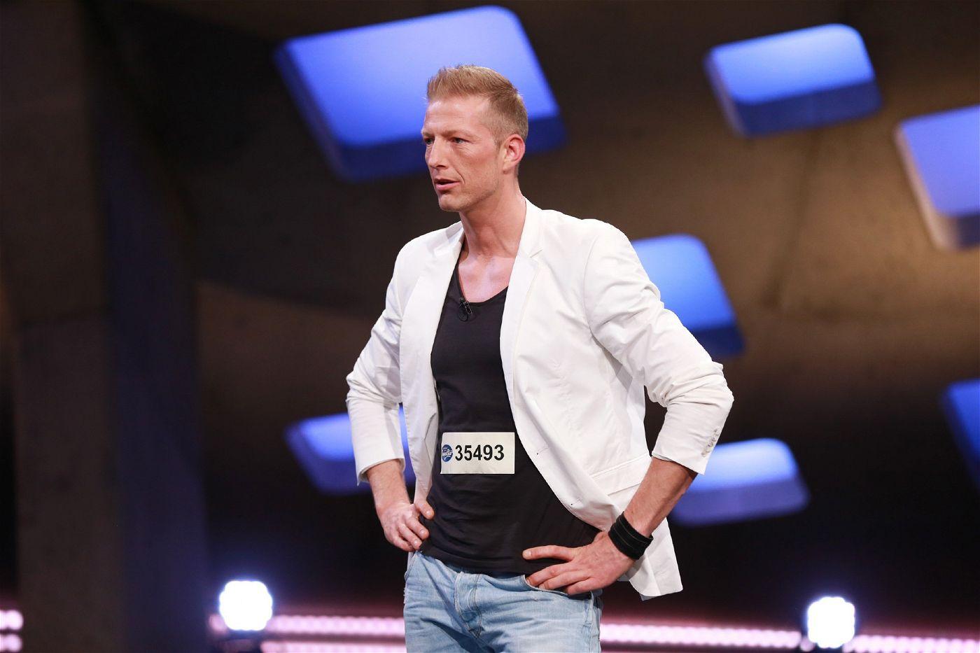Dray Parker (Künstlername) aus Eschweiler ist Gesundheits- und Krankenpfleger, möchter aber lieber Superstar werden.