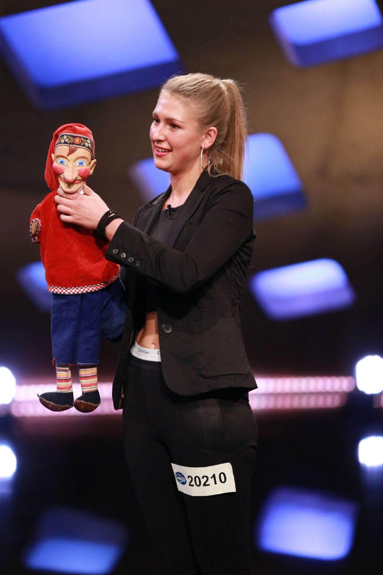 Michelle Wittmann hat Unterstützung mitgebracht. Sie ist Puppenspielerin in der vierten Generation.