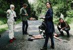 Nach einem Tod mit Fahrflucht ermitteln Flückiger (Stefan Gubser) und Ritchard (Delia Mayer) im Eliteinternat des Opfers.