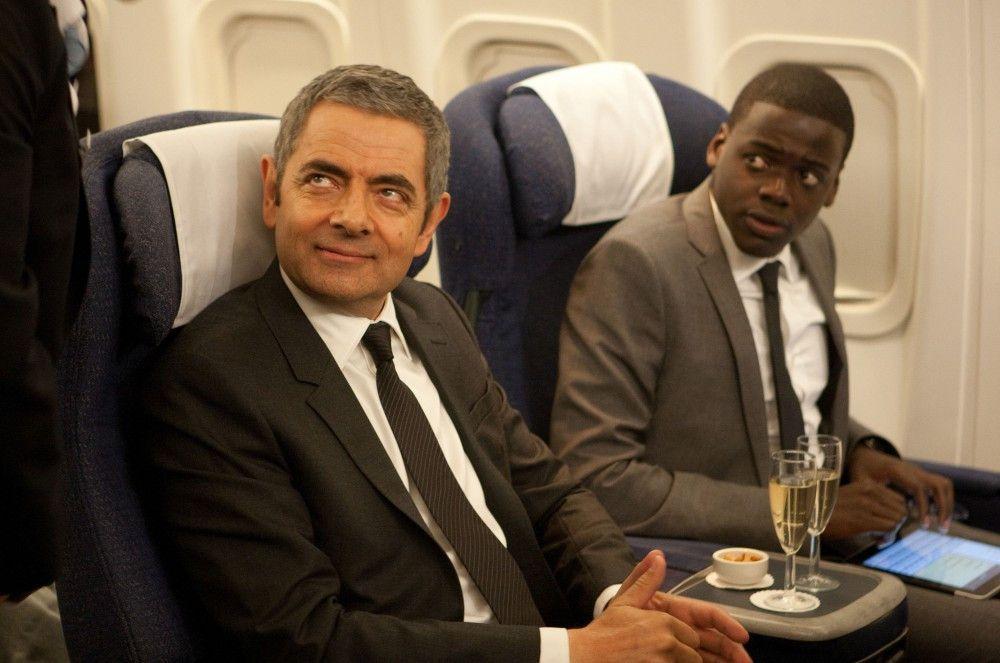Rowan Atkinson (Johnny English), Daniel Kaluuya (Agent Tucker).