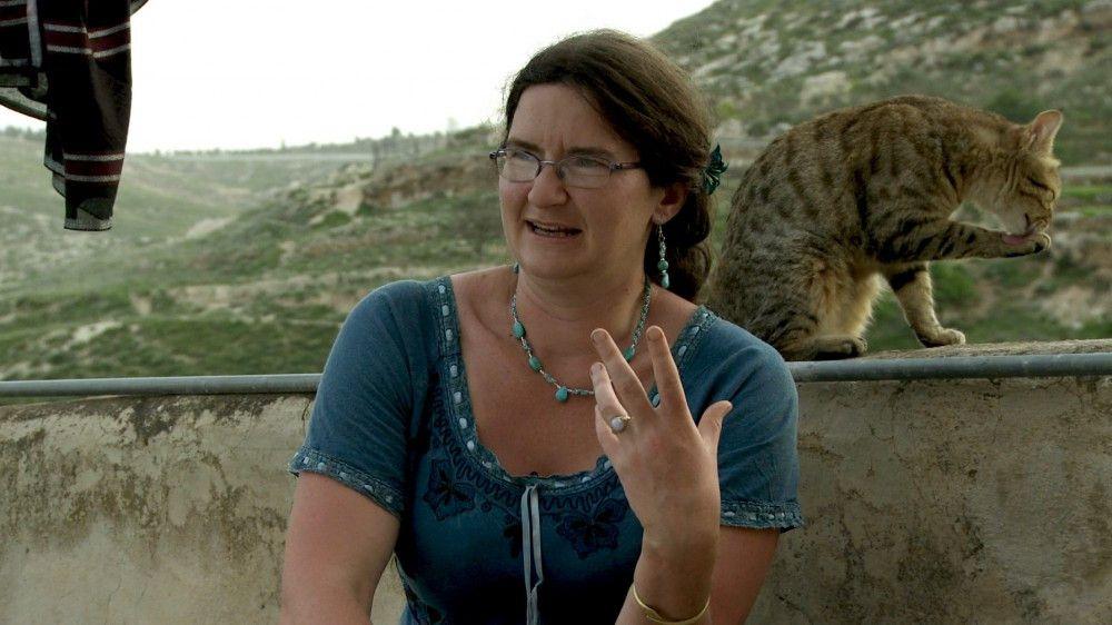 Protagonistin ALICE in der West Bank