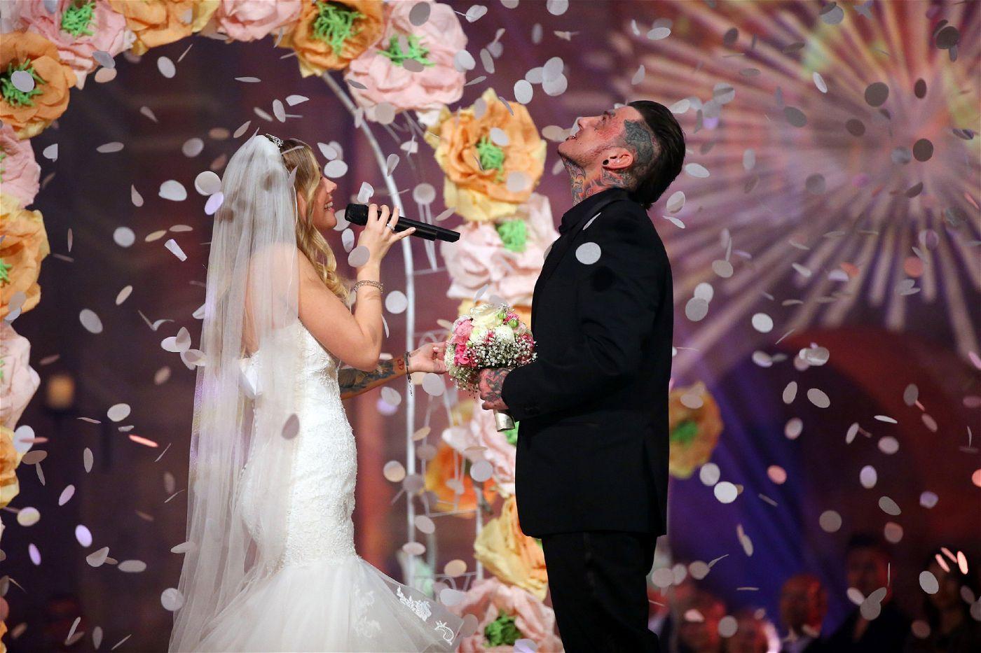 Zur Hochzeit gab es dann auch gleich den passenden Auftritt.