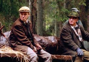Warten auf Wild: Jacob Nordenson und Gösta  Bredefeldt (v.l.)