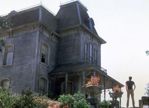 Norman Bates kehrt in das Haus des Schreckens zurück