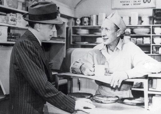 Na, so unbekannt ist deine Visage auch wieder  nicht! Humphrey Bogart (l.)
