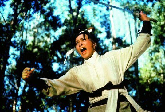 Die schöne Fremde ist auch kampfbereit: Hsu Feng in Aktion