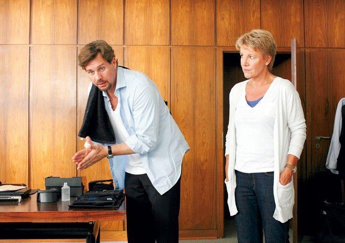 Unterredung mit dem Chef: Mariele Millowitsch und Thomas Heinze