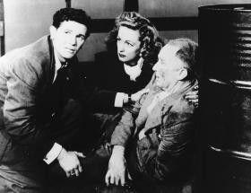 Wer hat denn da mit Blei gespuckt? John Garfield  (l.), Geraldine Fitzgerald und Walter Brennan
