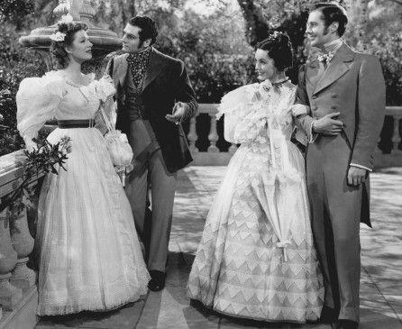 Zwei schöne Paare:  Greer Garson (l.) mit Laurence Olivier, Mareen O'Sullivan mit Bruce Lester