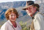 Schön hier in der Heimat! Ella (Hannelore Hoger) und Jack (Rolf Lassgård)