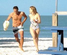 Noch glücklich vereint: Joseph Fiennes und Gretchen Mol
