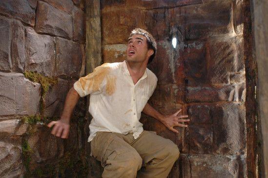 Jason (Drew Fuller) muss zwölf schwere Prüfungen bestehen ...