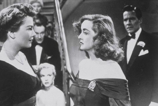 Ahnt Margo (Bette Davis, r.), was Eva (Anne Baxter) im Schilde führt?