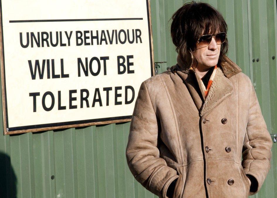 Im Abseits: Rhys Ifans