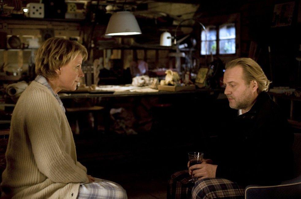 Fanny (Mariele Millowitsch) und Christian (Jan-Gregor Kremp) erinnern sich an alte Studienzeiten