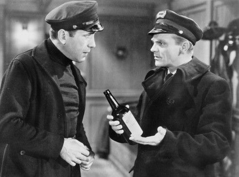 Wir sollten Alkohol schmuggeln! James Cagney (r.) und Humphrey Bogart