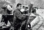 Harte Arbeit bestimmt das Lagerleben: Götz George in der Rolle des Gefangenen Joost