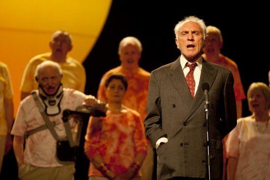 Singt für die Verstorbene: Terence Stamp