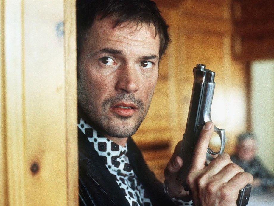 Dirk Vogel (Sebastian Koch) ist äußerst misstrauisch
