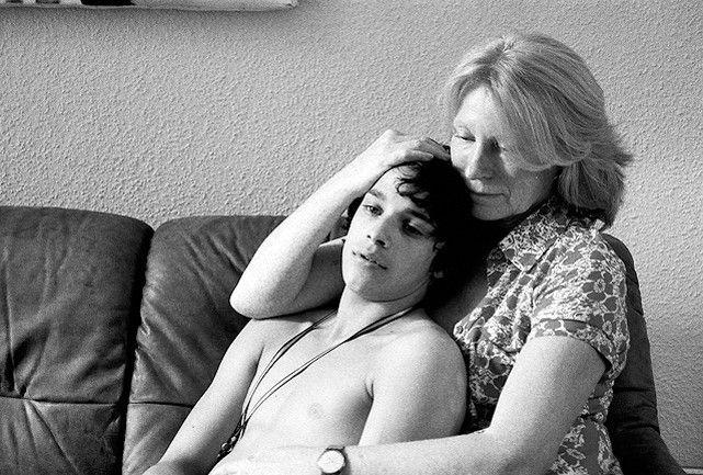 Zwei einsame Herzen: Maren Kroymann und Kostja Ullmann