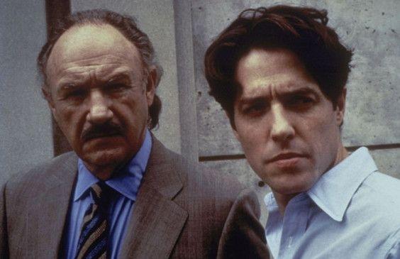 Dr. Luthan (Hugh Grant, r.) traut dem Neurologen Dr. Myrick (Gene Hackman) nicht ...