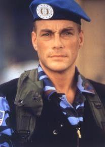 Darf sich diesmal in Uniform schlagen:  Actionstar Jean-Claude Van Damme